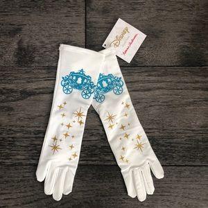 Hanna Andersson Disney Princess Cinderella Gloves